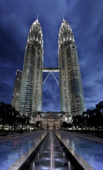 Petronas Towers Ex-Tallest Buildings in the World