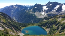 Picture of doubtful lake from the Sahale arm north cascades