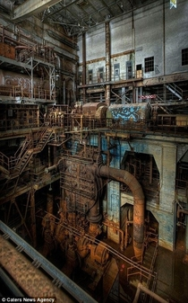 Picture of some abandoned machine plant  x
