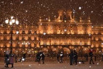 Plaza Mayor in the snow is pretty awesome Salamanca Spain cross-post from rPrettyAwesome  x