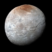 Plutos moon Charon at highest resolution yet and in color