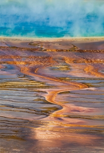 Prismatic Wave Yellowstone