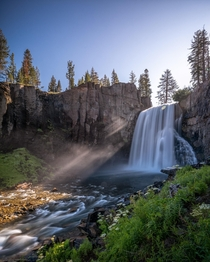 Rainbow Falls Mammoth Lakes CA