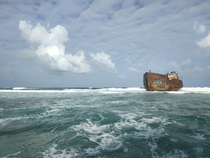 Ran aground ship in San Andrs islands-Colombia