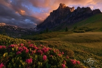 Red clouds after heavy rains on the Alps in Haute Savoie Photo by Enrico Fossati