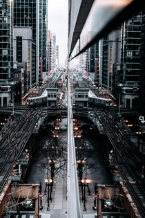 Redirection in rChicago  North Clark Street Instagram _traperture