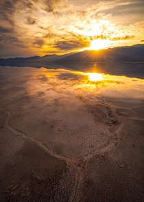 Reflections Who else loves Death Valley Heres a photo I shot during a recent sunset in Death Valley California OC  IG  john_perhach_photo