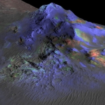 Researchers have found deposits of glass green preserved in Alga Crater on Mars Credit NASA JPL-Caltech U of Arizona
