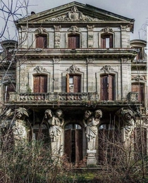 Reverse Image searched this beautiful abandoned building The only result was  from this group But it doesnt give me any more info Does anyone know where this is