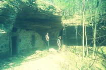 Robbers Roost aka Moonshiners