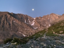 Rocky Mountain National Park at sunrise definitely is something different x OC