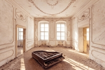 Room in an abandoned palace  by Timeless Seeker