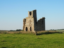 Ruined Tower on some farmland in Northumberland OC