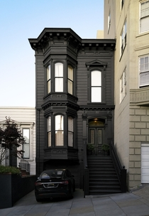 s Victorian townhouse painted black in Pacific Heights San Francisco