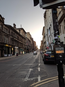 Saw the recent post of Glasgow that people commented resembles San Francisco and reminded me of this picture taken in May  that somehow reminds me of SFs many slopey side streets