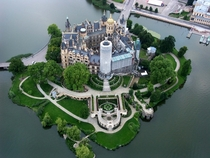 schwerin castle in germany resolutiton x