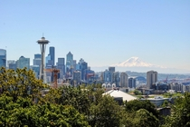 Seattle and Mt Rainier from Kerry Park