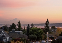 Seattle neighborhood sunset
