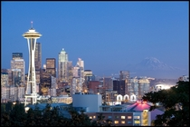 Seattle skyline with Mt Rainier