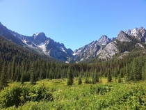 Sherpa and Argonaut Peaks on the trail to Colchuck Lake The Enchantments Washington State