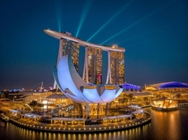 Shining brightly like a jewel Bay Area Singapore in all its glory