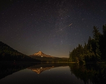 Shooting star I was able to catch over Mt Hood a few weeks ago during the meteor shower