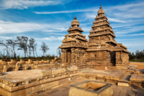 Shore Temple Group of Monuments at Mahabalipuram Tamil Nadu INDIA The temple facing the Bay of Bengal was built with blocks of granite dating from the th century AD
