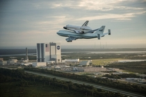 Shuttle Endeavour departing Kennedy Space Center