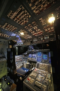 Shuttle Endeavours cockpit before all systems are shut down an it becomes a museum piece