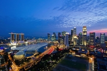 Singapore skyline at night shot by Jose Laurente