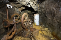 Single piston hoist in an abandoned mine Colorado