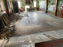 Skate park people built in an abandoned auditorium