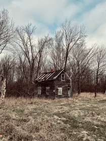 Small abandoned house in upstate NY