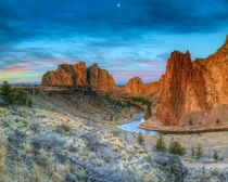 Smith Rock Moonset - Smith Rock State Park Oregon USA - Photo by Rodney Lough JR