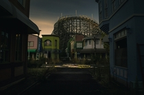 Sneaked into an abandoned Japanese Disneyland copy