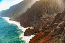 Sneaking up on the N Pali Coast - Kauai Hawaii