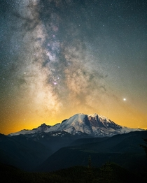Snow-capped mountains and starry skies make quite the pair - Mt Rainier  OC jackfusco