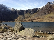 Snowdonia Llyn Idwal ft Devils Kitchen Wales - Walking the Llyn Idwal Trail with an iPhone  OC
