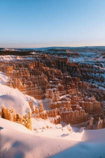 Snowy sunrise at Bryce Canyon UT Definitely a bucket list experience