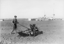 Somua motorized farm hand tractor   x-post rHI_Res