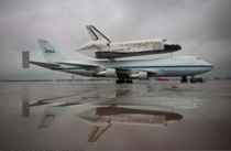 Space shuttle Discovery on a   a  on space shuttle Discovery - Pic by NASABill Ingalls