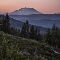Spontaneous night drives Mount St Helens from Camas WA