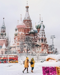 St Basils Cathedral in Moscow Russia witg a beautiful thin blanket of snow like powdered sugar