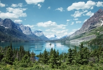 St Mary Lake Glacier Nation Park Montana stole my heart