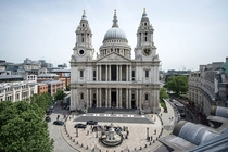 St Pauls Cathedral ---