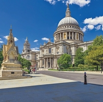 St Pauls Cathedral London UK Image - Rajen Nandwana