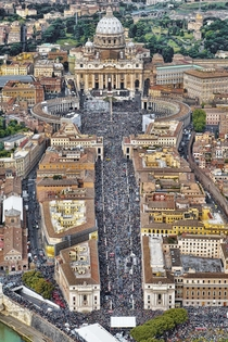 St Peters Square Vatican -