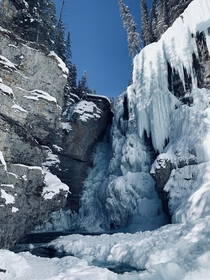 Stumbled upon a frozen waterfall near Canmore Alberta