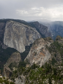 Summer afternoon showers at Dewey Point Yosemite