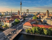 Sundown on Berlin Image - Spear